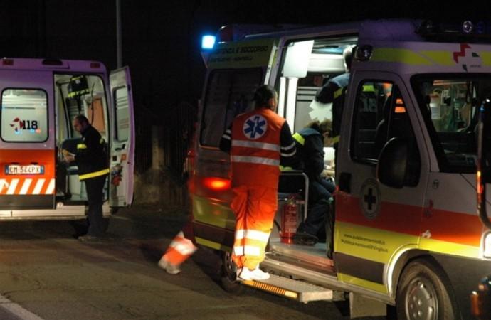 Taranto, motociclista cade in Viale M. Grecia e muore