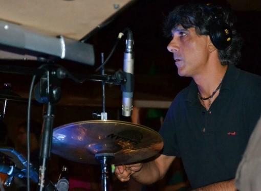 Taranto, addio a Tonio Parisi, batterista e musicista di talento