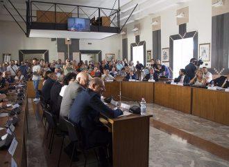 Taranto, documento Pd contro i dimissionari: stavolta le firme ci sono