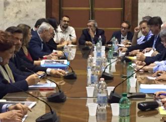 Ilva Taranto, Calenda congela la trattativa e fa un annuncio shock