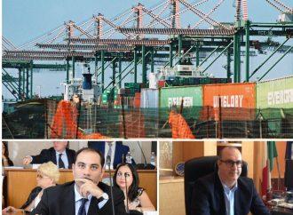 """Porto di Taranto, Melucci """"avvisa"""" Prete: Mai più monopoli"""