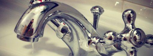 Sospensione dell'erogazione di acqua a Taranto e Sava