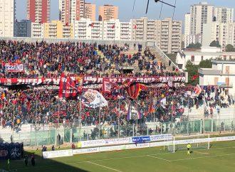 Taranto, palla ai tifosi: da lunedì campagna abbonamenti