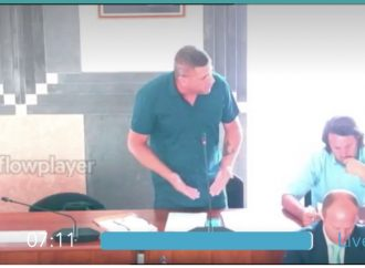 Question time, le opposizioni incalzano sindaco e Giunta