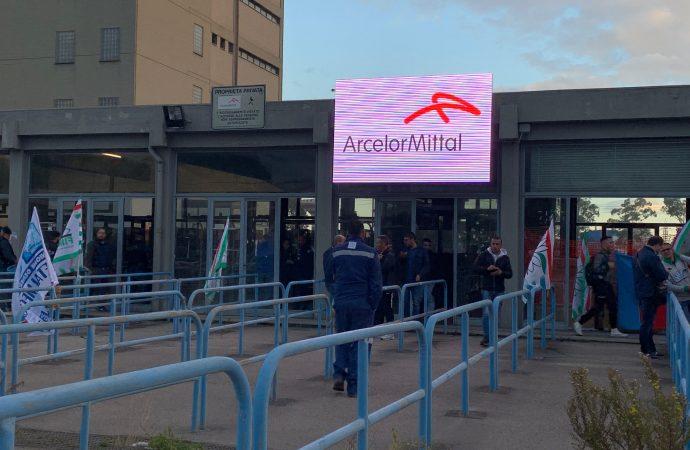 Fim, Fiom, Uilm: Situazione insostenibile con Mittal. Pronti a fermare gli impianti