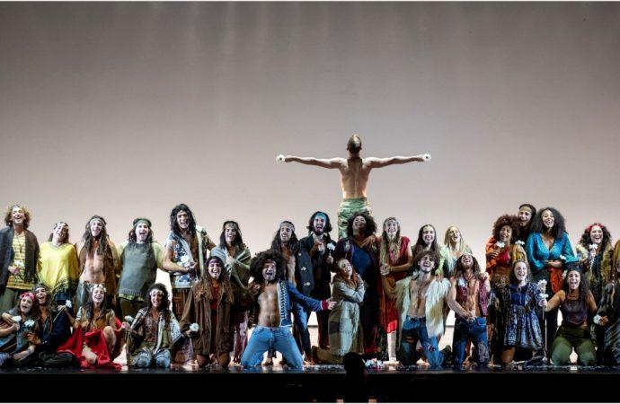 """""""Amici della Musica"""" apre con l'opera hippie: Hair a Taranto"""
