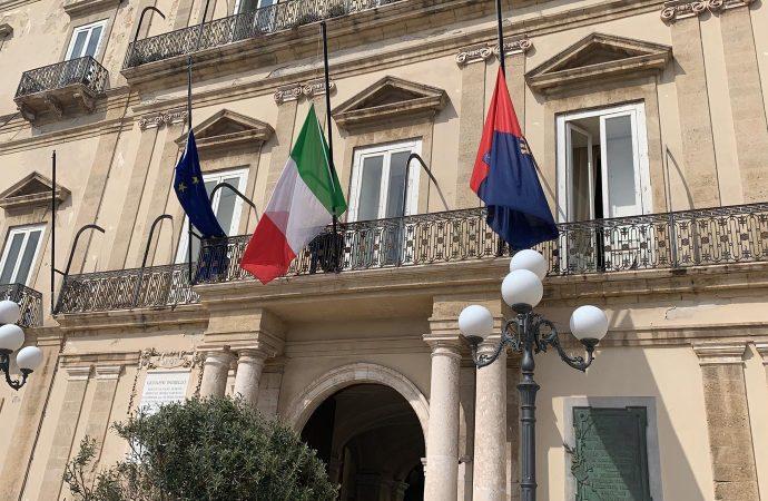 Taranto: stop matrimoni a Palazzo di Città, l'opposizione contesta la decisione del sindaco