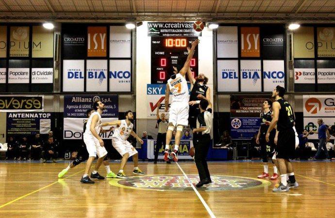 Basket, Valzani di Martina Franca promosso in serie A