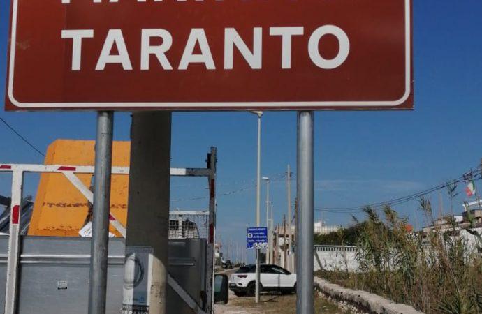 Marina di Taranto, spuntano i cartelli tra Lizzano e Pulsano