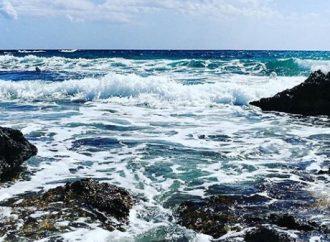 Taranto, anziano rischia di annegare. Salvato da un poliziotto
