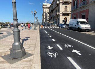 Taranto, piste ciclabili in Corso Due Mari. Guerra alla sosta selvaggia