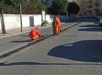 Taranto, il Comune rimuove il cordolo di via Bruno