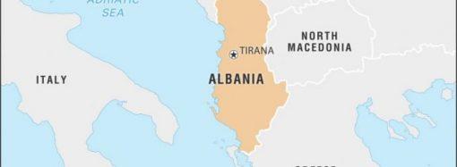 Trent'anni fa l'esodo degli albanesi in Puglia