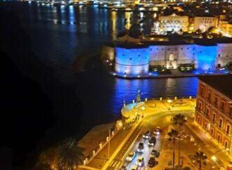Taranto, il Castello è azzurro nella notte di festa